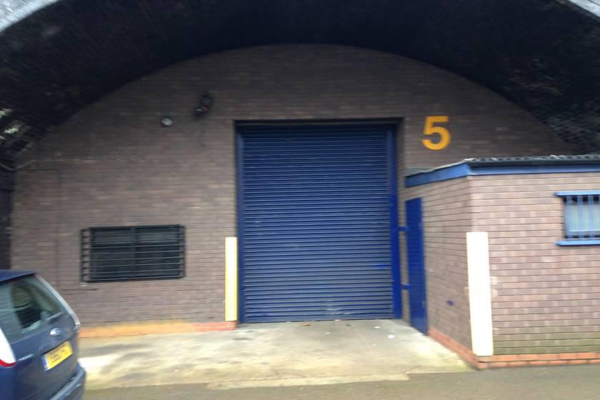 Arch 5 Locke Place